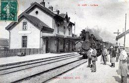 58   LUZY  LA GARE ANIMEE AVEC TRAIN - France