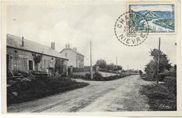 58 - LES ARBELATS (Nièvre) - Route De Décize. CPA Peu Courante Ayant Circulé En 1955. BE. - France