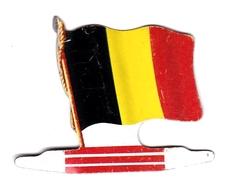 Figurine Publicitaire Biscuits L'Alsacienne Petit-Exquis - Drapeau - Belgique - Années 60/70 - Tôle - Drapeaurama - Publicité