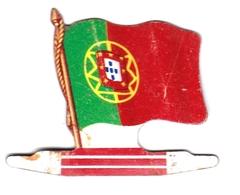 Figurine Publicitaire Biscuits L'Alsacienne - Drapeau - Portugal - Années 60/70 - Tôle - Publicité