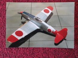 CAGI5 Format Carte Postale Env 15x10cm : SUPERBE (TIRAGE UNIQUE) PHOTO MAQUETTE PLASTIQUE 1/48e KI-61 HIEN Coloré - Vliegtuigen