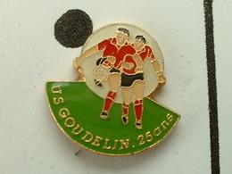 PIN'S  FOOTBALL - U.S GOUDELIN  -  COTES D'ARMOR - BRETAGNE - Fussball