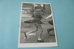 TOULOUSE 1984....PHOTO JEAN-LOUIS BENAMOU....JEUNE FILLE... - Künstlerkarten