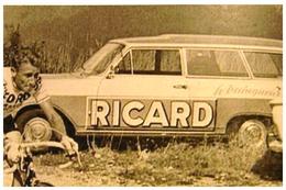 """TOUR DE FRANCE   CARAVANE PUBLICITAIRE """"RICARD"""" ET COUREUR 1966 - Cyclisme"""