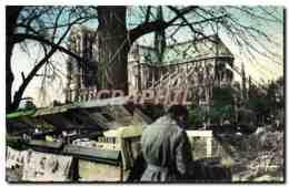 CPM Paris Bouquiniste De La Rive Gauche Et Cathedrale Notre Dame - Artisanry In Paris
