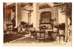 04253-LE-83-BEAUVALLON-SUR-MER-Golf-Hôtel-Le Hall-Scène Du Théatre-Le Vrai Home - France