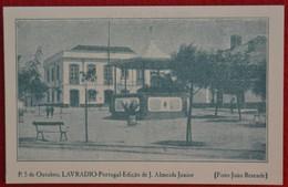 Postcard Of The   Lavradio   /   Praça 5 De Outubro  ( Lote N º 1370 ) - Setúbal