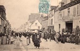CPA  - 50 - PONTORSON - La Grande Rue Du Jour De Marché - Pontorson