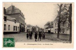 CPA Gommegnies Nord 59 La Grande Place Animée Bande Enfants éditeur BF N°19 - France