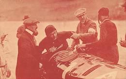 GRAN PREMIO DE ITALIA 1924.- ASCARI EN EL MOMENTO DE LLEGAR TRIUNFADOR , AYUDADO A DESCENDER - Grand Prix / F1