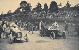 GRAN PREMIO DE EUROPA 1925 (SPA).- LOS COCHES PARTICULARES ALINENDOSE PARA TOMAR LA SALIDA. A LA DERECHA, ASCARI - Grand Prix / F1