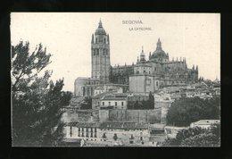 SEGOVIA LA CATEDRAL - Edición HAUSER Y MENET - POSTAL - Postal - Segovia