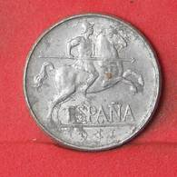 SPAIN 5 CENTIMOS 1941 -    KM# 765 - (Nº35150) - [ 4] 1939-1947 : Gobierno Nacionalista