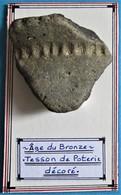 Âge Du Bronze. Tesson De Poterie Décoré. - Arqueología