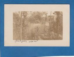 DANS LE JARDIN AOUT 1925 - Cartes Postales