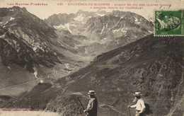 Les Hautes Pyrénées BAGNERES DE BIGORRE  Massif Du Pic Des Quatre Termes A Gauche Route Du Tourmalet Labouche RV - Bagneres De Bigorre