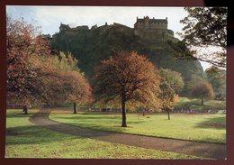 ECOSSE - CPM NEUVE - EDINBURG - THE CASTLE FROM PRINCESS STREET GARDENS - SCOTLAND - Scotland