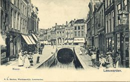 Nederland, LEEUWARDEN, 't Nauw, Winkels En Volk (1899) Ansichtkaart - Leeuwarden