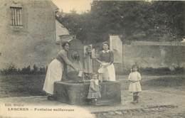 77 - LESCHES - La Fontaine Sulfureuse - Animée 1919 - Autres Communes