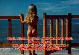 Petite Fille à La Mer - Scènes & Paysages