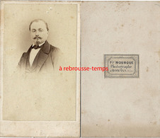 CDV Rare Photographe F. Mourgue à Romans (Drôme)-portrait D'un Notable - Photographs