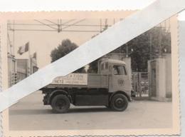 Metz/foire Expo 1951/publicité Improvisée Camion Electrique Devant Entreephot - Plaatsen