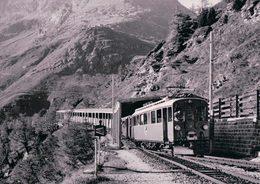 Schweizer Eisenbahnen, Rhätische Bahn, Berninabahn, Train à Alp Grüm, Photo 1969 BVA RhB 180.4 - Trains