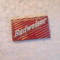 PINS BIERE BUDWEISER ROUGE - Beer