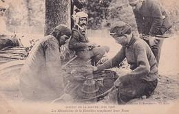 D72  Circuit De La Sarthe Juin 1906  Les Mécaniciens De La Hotchkiss Remplacent Leurs Roues  .....    Carte Peu Courante - Le Mans