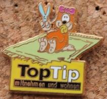 TOP TIP - BEBE AVEC DES CISEAUX SUR UN TAPIS - BABY ON A CARPET - BABY AUF EINEM TEPPICH - BAMINO SU UN TAPPETO-  (25) - Marche