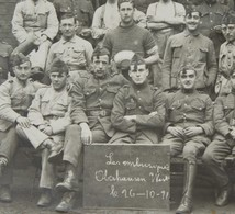 Photo ABL OBERHAUSEN Caserne Divers Numéro Rgt Bonnet De Police 24 L 2 Gr 2 Car 4 Car 12 L 1921 Belgische Leger - Guerre, Militaire
