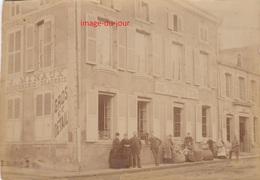 PHOTO ANCIENNE  ETAIN ( MEUSE 55 ) Rue Coquette Angle Rue De Metz DEVANTURE J. MINAUX ROUENNERIE DRAPERIE TISSUS - Lieux