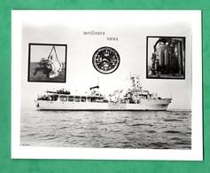 Photographie Photo Montage Bateau Marine De Guerre BIESM Triton A 646 + Helicoptere Carte De Voeu (format 9cm X11,5cm) - Bateaux