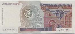 ITALY P. 108b 100000 L 1980 UNC - 100000 Liras