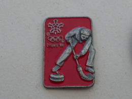 Pin's JEUX OLYMPIQUES CALGARY 88, CURLING - Invierno