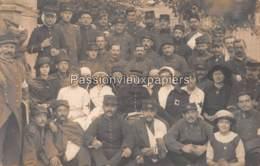 CARTE PHOTO CHATEL GUYON 1914 HOPITAL MLILITAIRE  SOLDATS Des REGIMENTS 19 89 151 164 330 - Châtel-Guyon