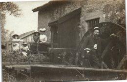 CARTE PHOTO - Famille Au Moulin - Photos