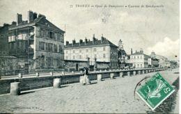 N°7587 -cpa Troyes -quai De Dampierre -caserne De Gendarmerie- - Police - Gendarmerie