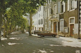 Chalabre - Cours Sully Et Hôtel De Ville - France