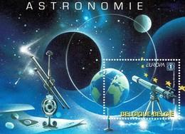 2009 - Europa Astronomie - BL 166 - Velletjes