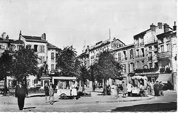 VERDUN -  CAFE FRANCAIS -  MARCHAND DE GLACE -  PLACE CHEVERT -  CARTE SEMI- MODERNE - Verdun