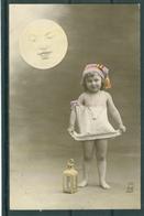 Fille Et Lune - Moon - Mond  - TBE - Bambini
