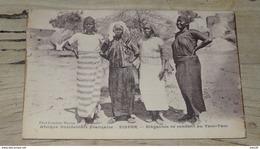 NIGER : ZINDER : Elegantes Se Rendant Au Tam Tam  ….................…4773 - Niger