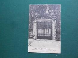CPA FONTAINEBLEAU VIEUX LOGIS ANCIENS BUREAUX DES BATIMENTS DU ROI 1730 LA PORTE  NEUVE EXC ETAT - Fontainebleau