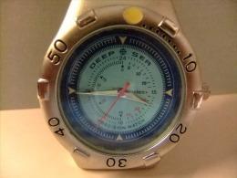 RELOJ DE PULSERA CON PILA - Watches: Modern