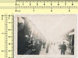 REAL PHOTO 1930's UZICE Yu Train Station Railroad Railway Abstract Scene, Gare Chemin De Fer ORIGINAL VINTAGE SNAPSHOT - Trains