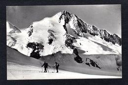 Suisse - 4506 - Das Finsteraarhorn Von Der Grünhornlücke ( Photo Verlag Gyger) 2 Skieurs - BE Berne