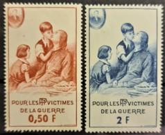 FRANCE 1966 - MNH - YT 81, 83 - Timbres De Bienfaisance Des PTT 0,50F 2F - France