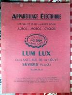Appareillage Electrique Autos Motos Cyclos   LUM LUX  Sèvres Couverture Rouge - Old Paper