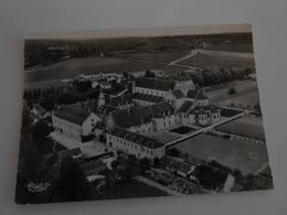 Fontgombault   L'Abbaye - Other Municipalities